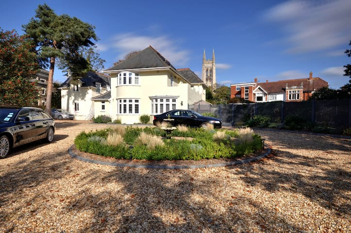 The Coach House, Holiday Apartments - Bournemouth - Pis