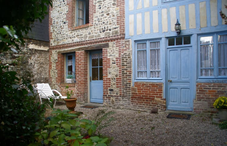 Ancienne maison de pêcheur - Honfleur - House