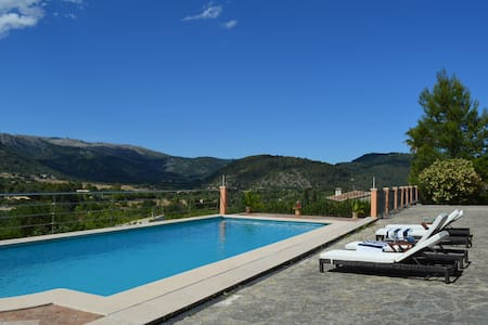 Stunning Majorcan mountain views - Campanet - Villa