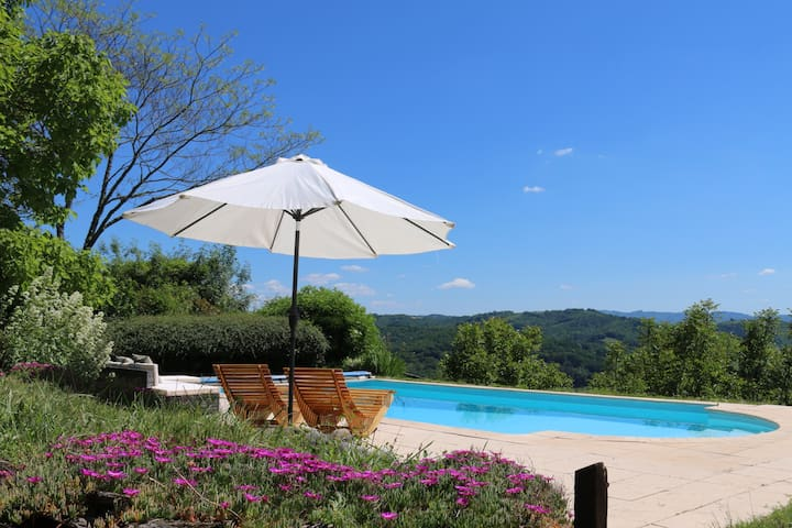 Stunning views! Restored 18thC stone barn + pool