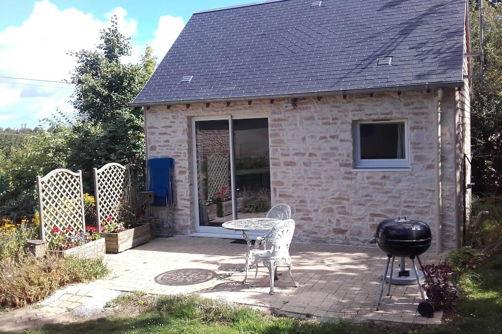 Charmante maison en pierre maisons louer cond sur seulles basse norm - Maison pierre normandie ...
