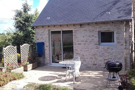 Charmante maison en pierre. - Condé-sur-Seulles