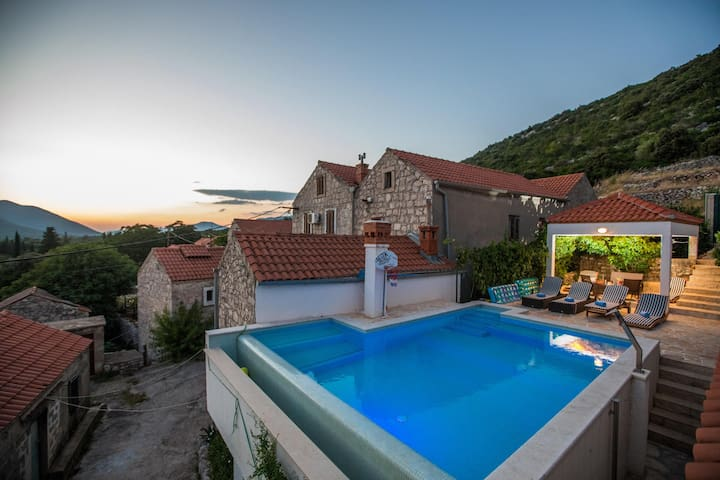 Stanka - Three Bedroom Villa with Private Pool