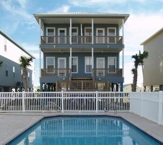 Vacation Family Beach Home, 2 pools, Jacuzzi, Dock - Gulf Shores - House