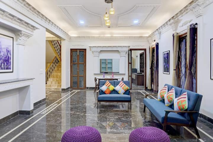 Double Bed Superior Room In Pune