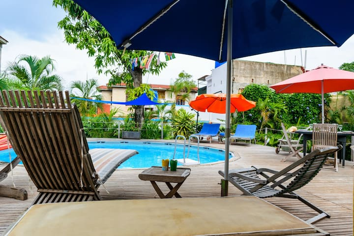 Habana Tongolele - DELUXE ROOM - OFFER & POOL