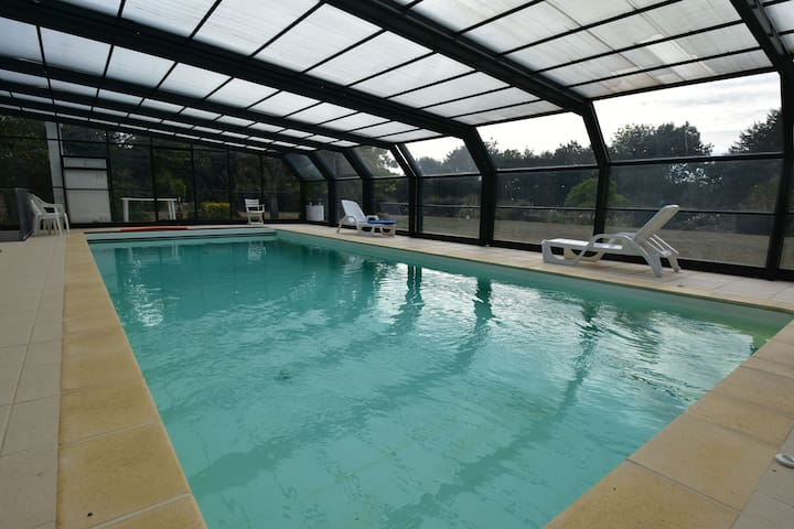 Acogedora casa de vacaciones en Lamonzie-Montastruc con piscina