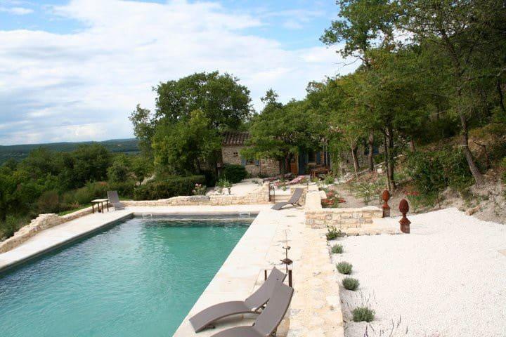 Petite maison en pierres en Provence - Chantemerle-lès-Grignan - Talo