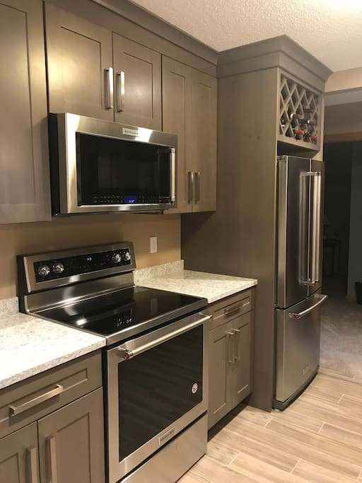 Brand new kitchen with brand new high end appliances