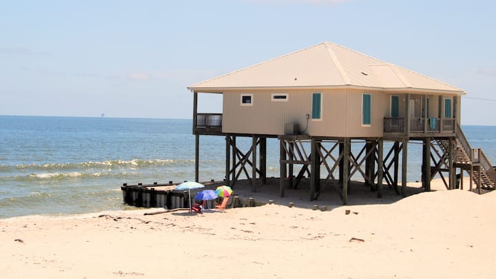 Newly Remodeled 4 Bedroom Gulf-front Beachhouse on Quiet West End of the Island