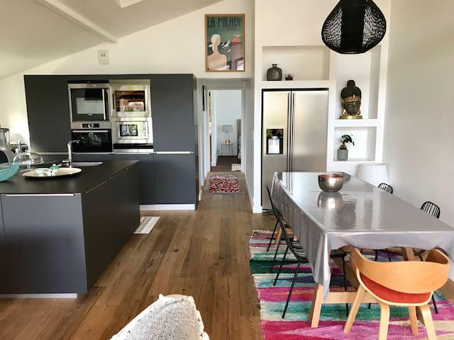 Bel appartement entre mer et montagne