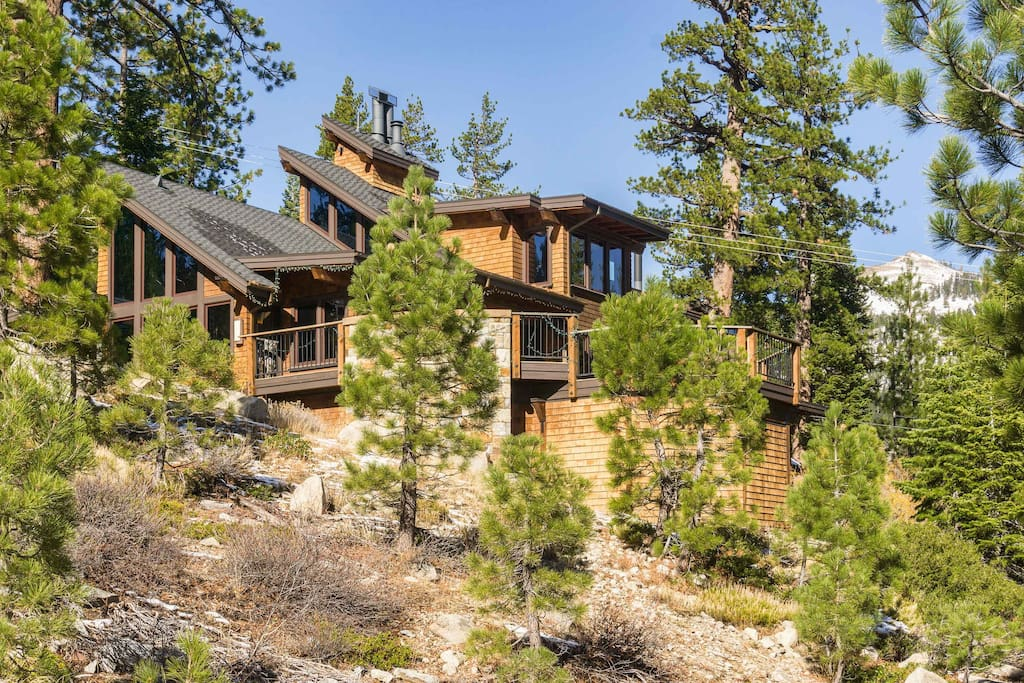 Your mountain chalet boasts a prime location with ski-in/ski-out access.