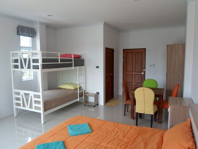 New & modern room in Khanom village. - Khanom