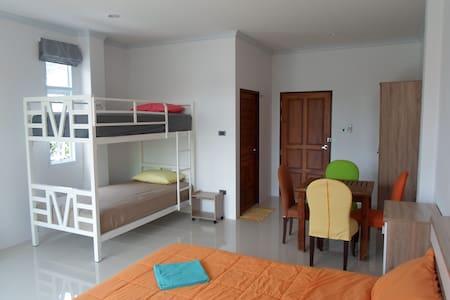 New & modern room in Khanom village. - Khanom