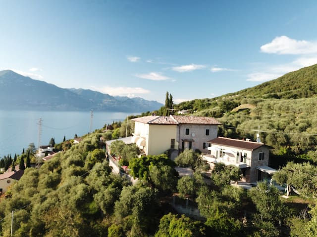 """Recently Renovated Holiday Home """"Rustico Alle Fornare"""" with Lake View, Mountain View, Wi-Fi, Balcony & Garden; Parking Available, Pets Allowed"""