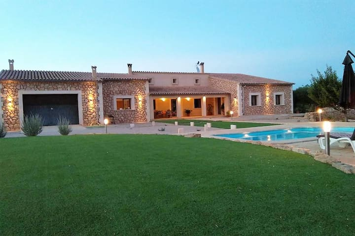 Charming country house in Algaida for 6 people - Algaida - Huis