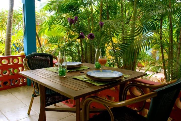 Miniresort Caribbean Flower Apartments