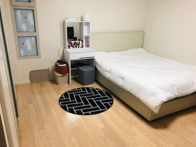 ALL PRIVATE!! Yeouido One bed room Apartment