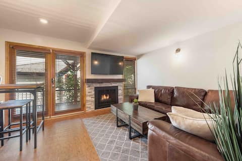 STEPS TO MAIN STREET-Downtown 1 bed/1 bath condo