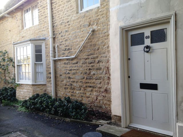Characterful  Home  in the Heart of Oundle.