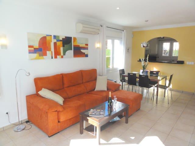 LOVELY HOUSE: INTERNET, SAT TV, POOL, GOLF & BEACH - Oliva - Casa