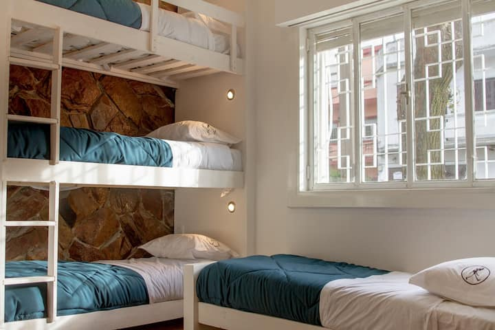 Rambler Hostel Pocitos 5 .  5 bed mixed dorm.
