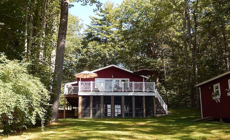 Beautiful, Private & Peaceful Lakefront Get-Away - Raymond - Hus