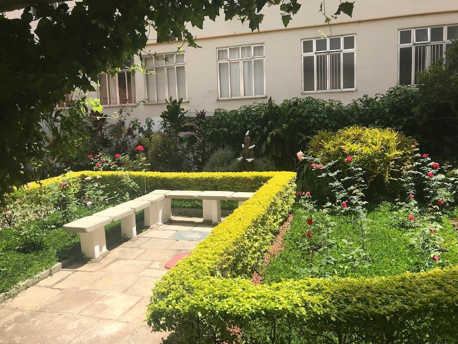 Jardim Interno Prédio