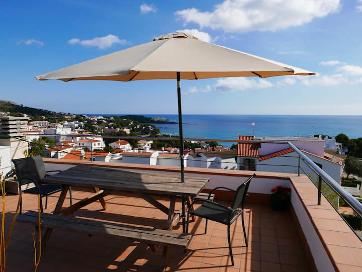 158 Rent apartment with large terrace and magnificent views