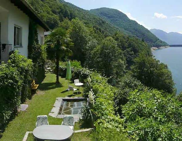 Gartenwohnung Casa Lucertola - Vogorno - อพาร์ทเมนท์