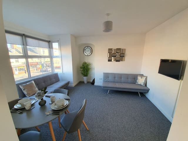 Highview House Redcar Full Apartment 1