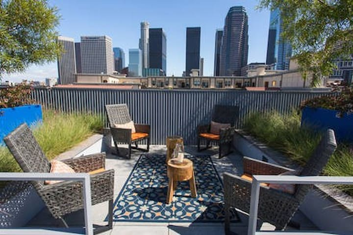 Comfy & Best Value 2Bed Apt Downtown San Diego