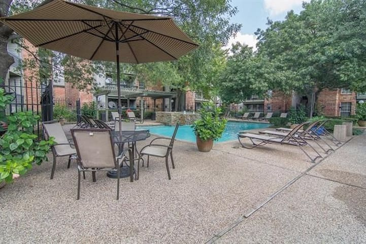 New Remodel Furnished Condo - Dallas - Apartment