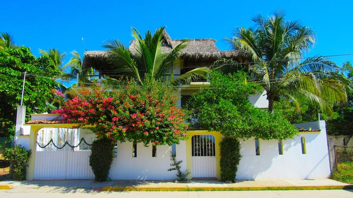 Guacamole Guesthouse - Room 3
