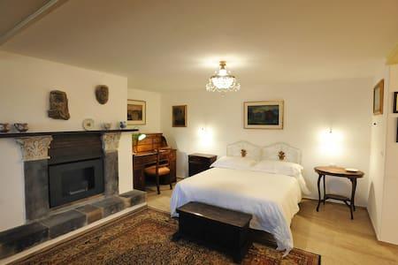 Suites con terrazza solarium a 5 min dall'Etna - Trecastagni