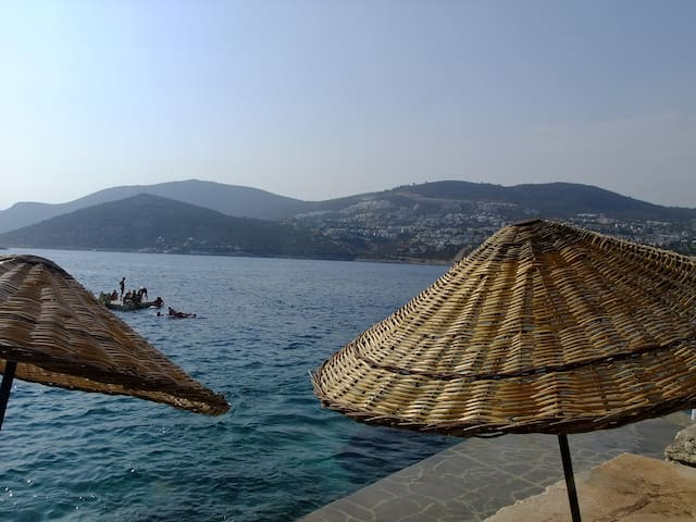 place in stone with stunning view - Kaş - House