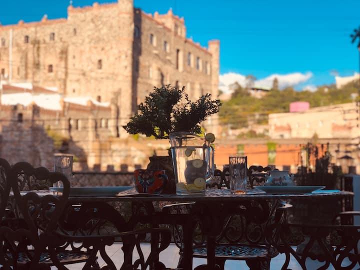 """""""Loft de la Terraza"""" / vista al Castillo/ pets ;)"""