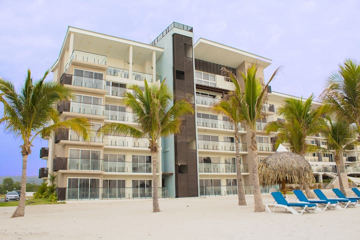 2 BedroomApt-Playa Caracol Residences Vacation Ren