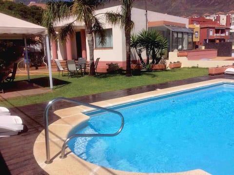Chalet en Barranco Hondo