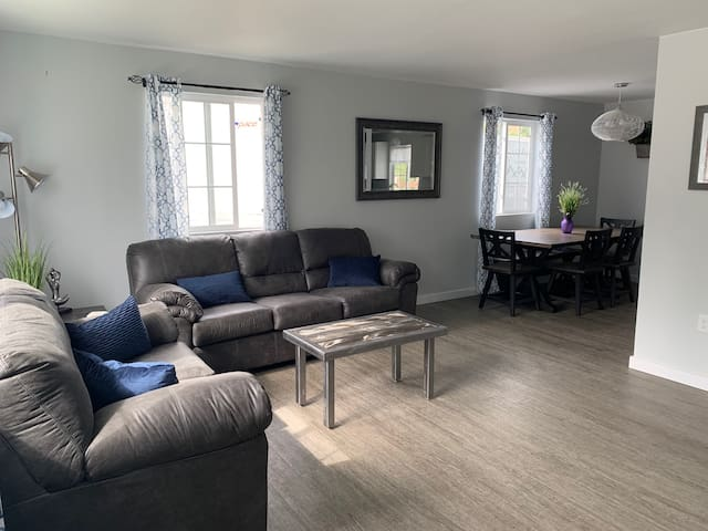 Modern Hilltop Home