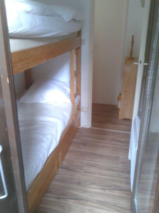 chambre lits superposes