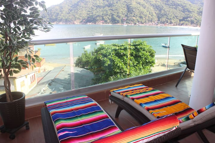 Casa Yolanda 3:Amazing views with A/C in downtown