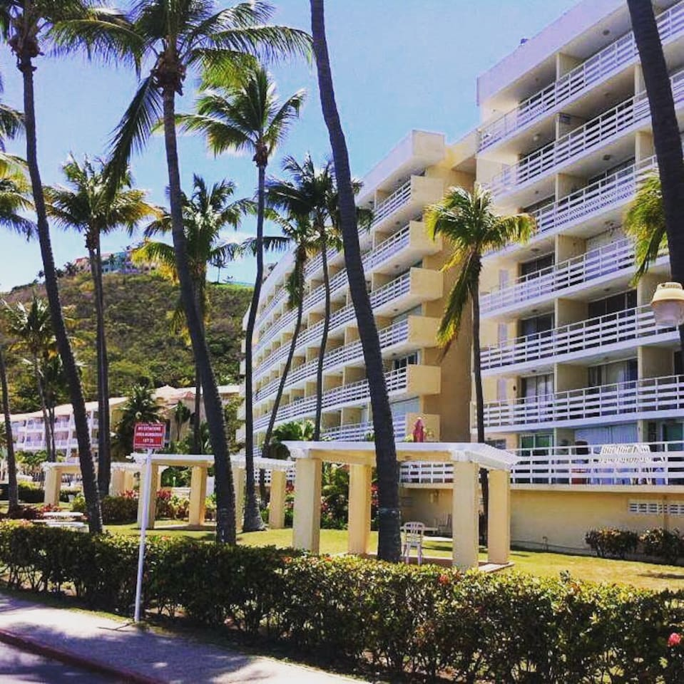 New Listing!!! Suite 215 with Ocean View Front!!!