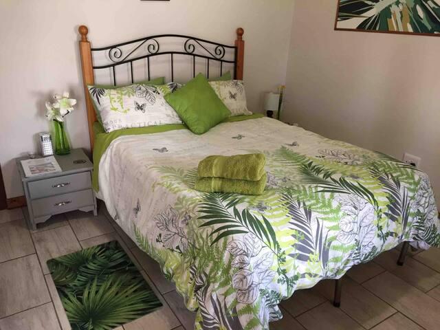 Gecko Suite- two bedrooms + one bathroom +  Wifi.