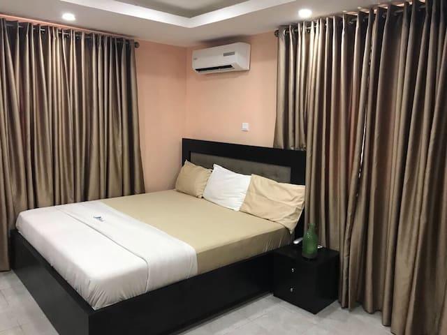 Nexus room in Victoria island with modern deco
