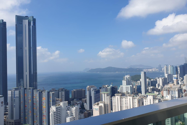 숙소 테라스에서 보는 해운대뷰 Haeundae Ocean View on Terrace