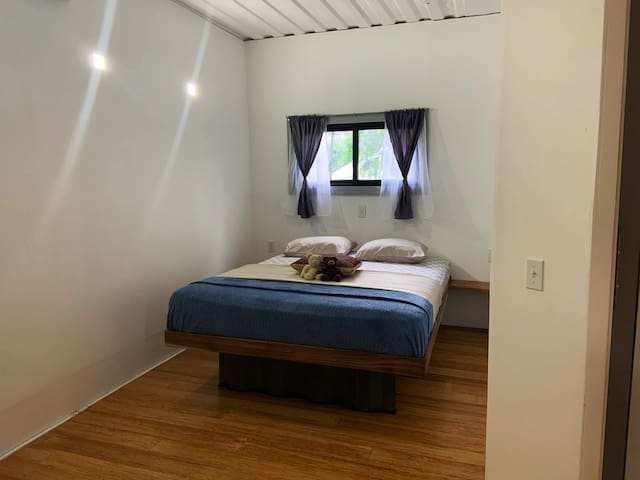Schlafzimmer Apartment 3 Queen Size Bett