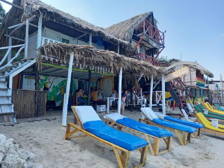 Posada playa tranquila, playa blanca isla de baru