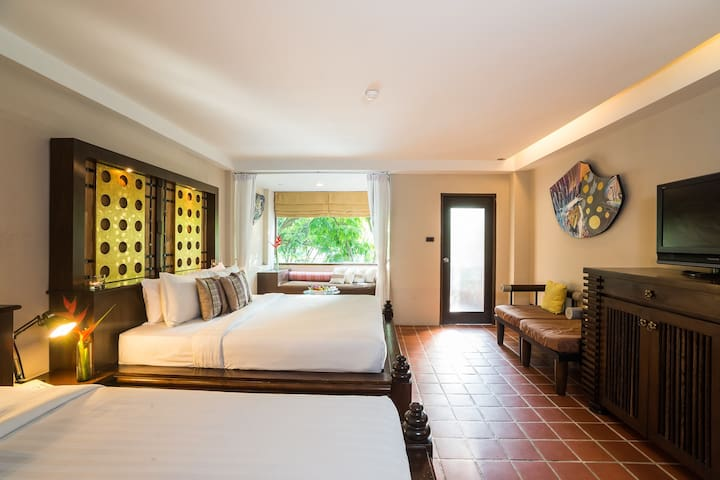 Terrific room for 4 in Krabi