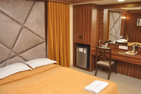 Executive room No Breakfast(Stay in Bandra west)D - Bombay - Butik otel